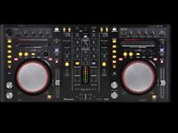 Pioneer DDJ-S1 Controller and Flightcase. DJ controller with many features and very reliable.