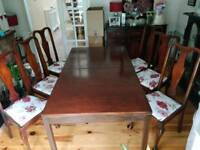 Large Dining table wth 6 chairs