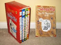 5 Diary of a Wimpy Kid Box Set (Books 1-4) & Extended Eersion of the Do-it-Yourself paperback