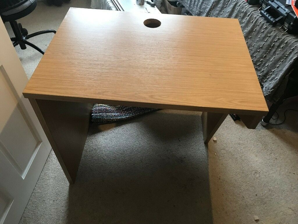 Computer Desk/Study Table, Wood Effect, Solid Construction, Good Condition