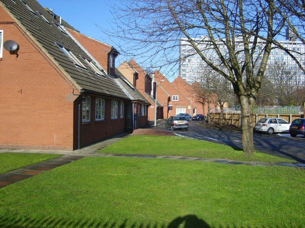 1 BED FLAT, WEST CENTRAL HULL, HU3