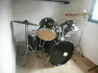 Full drum kit £370 or nearest offer
