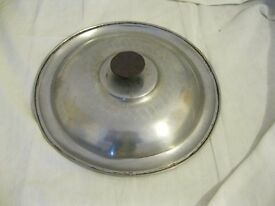 STAINLESS STEEL COOKING LID , 10 INCH ACROSS , USED