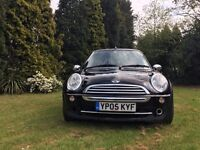 Black Mini Convertible 2005