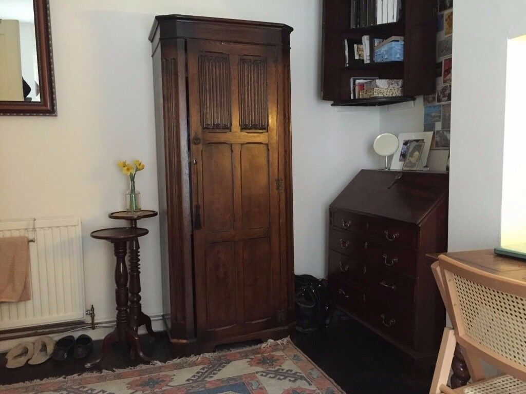 Large double room in charming flat, Earls Court