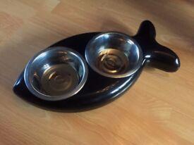 Hing Cat Feeding Station Bowls Fish Shaped Black