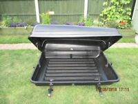 AutoPlas Roof Box with Attachments & Keys - Excellent Condition