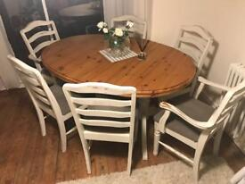 White shabby chic ducal table with 6 chairs