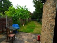 Double room available in Wanstead / Manor Park (ONLY FOR ONE PERSON) FURNISHED