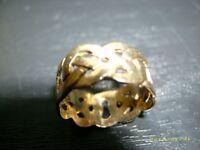 heavy keltic (celtic)9 carat solid gold ring