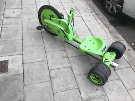GREEN MACHINE BIKE GOOD CONDITION EVERYTHING WORKS ON IT £60 CHEAP ONO