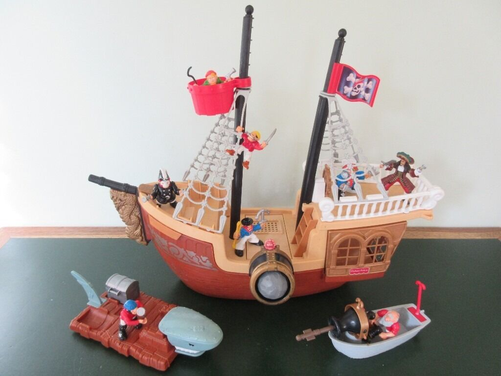 1994 Fisher Price Great Adventures Pirate Ship Figures