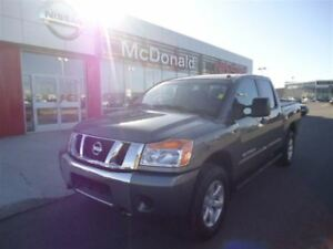 2015 Nissan Titan SV New Tires One Owner