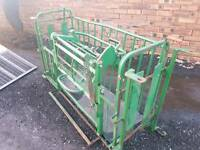 Sheep turnover crate farm livestock tractor