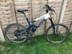 Rocky Mountain slayer 50 full suspension mountain bike sram x9 Fox shox juicy brakes etc