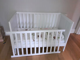 Ikea Cot SUNDVIK (White, very good conditions) + Mattress and Duvet (URGENT)