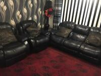 Leather recliner 3 seater sofa +1+1 plus coffee table