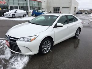 2017 Toyota Camry Hybrid XLE Exec Demo! Save $$$ over new!
