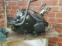Kawasaki ar125 bottom end all u see in pics all free with no play read add