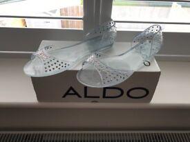 Aldo Ghedi Crystal Plastic Jelly Sandals. Sz 6.