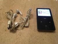 IPOD CLASSIC 30GB. BLACK. INCLUDES USB & HEADPHONES.