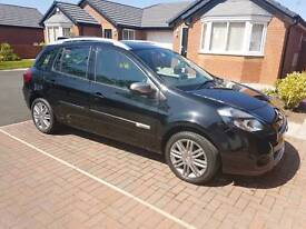 Renault Clio sports tourer 8962 genuine miles
