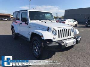2017 Jeep Wrangler Unlimited Sahara **DÉMARREUR, GPS, A/C**