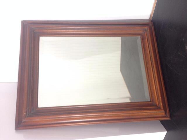 Miroirs usag s vendre prix d 39 aubaine retro vintage for Miroir kijiji
