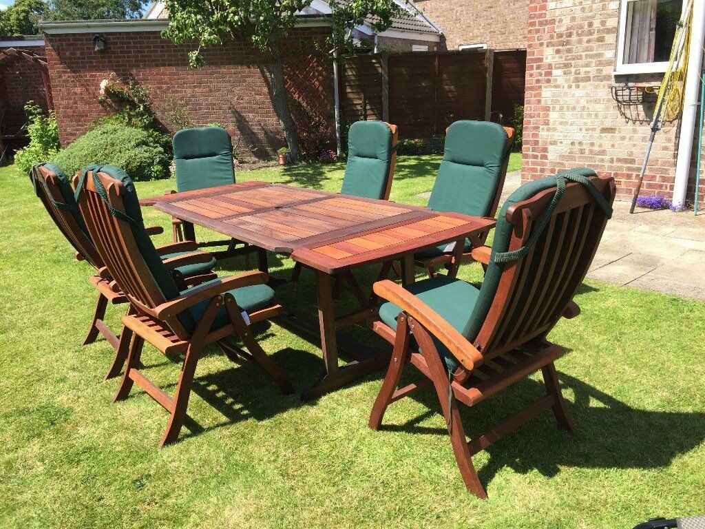 Solid Wood Garden Furniture Set Extendable Table Can Seat Up To 8 6 Reclining Chairs Plus