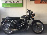 Herald classic 125 (2015) Black. Only 2627 miles Delivery available,