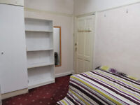 STUNNING ROOM FOR A SINGLE MALE IN AN ASIAN FAMILY HOUSE PLAISTOW FROM 17TH MAY