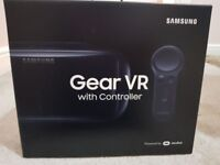 Samsung Gear VR with Controller (Black - 2018 design) -Powered By Oculus