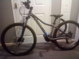 Ladies Mountain Bike Jamis Helix 27.5 with size 14 inch frame