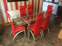 Glass Dining table 6 chairs great condition
