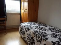 Spacious Single Room At An Amazing Price / Furnished / All Bills Inc / Situated In Stepney E1 ZONE 2
