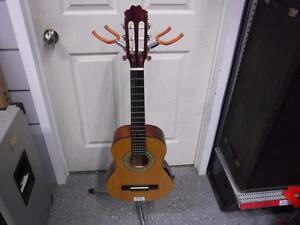 Denver Half Size Classical Guitar. We Sell Used Guitars. 44615