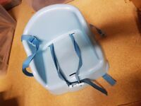 High chair baby, toddler booster, plastic, easy to move/store baby seat