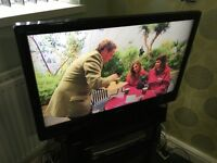 37in Toshiba Regza LCD Full HD 1080p Digital Freeview Television With Remote Base Stand