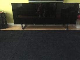 Black high gloss side board