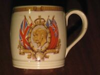 COMMEMORATIVE SILVER JUBILEE MUG - GEORGE V & QUEEN MARY