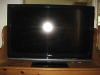 Sony Bravia KDL-40V4000 TV with BT/Youview DTR-T1000 PVR & Catchup TV