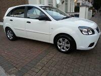 2011 (60 reg) KIA Rio1, Hatchback 5 door Petrol manual 1.4 White metallic