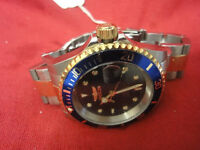 Invicta Men's 8928OB Pro Diver Blue Dial Two-Tone Stainless Steel Bracelet Watch