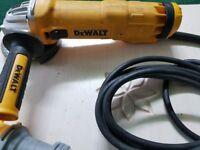 """DEWALT DWE4206 110v Angle grinder 4.1/2"""" (115mm)"""