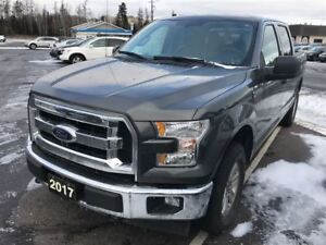 2017 Ford F-150 XLT  Low KM's, 4x4, Priced for Quick Sale!