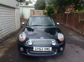 MINI Hatch 1.6 Cooper (Sport Chili pack) 3dr. 2 owners. Full service history avail. MOT due Feb 18