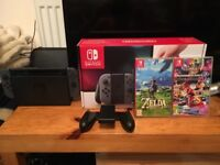 Nintendo Switch, Zelda BOTW, Mario Kart 8 Deluxe, carry case