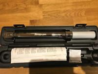 Snap on tools torque wrench 3/8