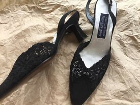 Beautiful Russell & Bromley black lace kitten heeled shoes
