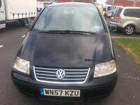 Black Volkswagen sharan 2.0 SE TDI